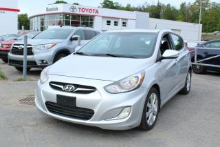 Used 2012 Hyundai Accent Voiture à hayon, 5 portes, boîte automat for sale in Shawinigan, QC
