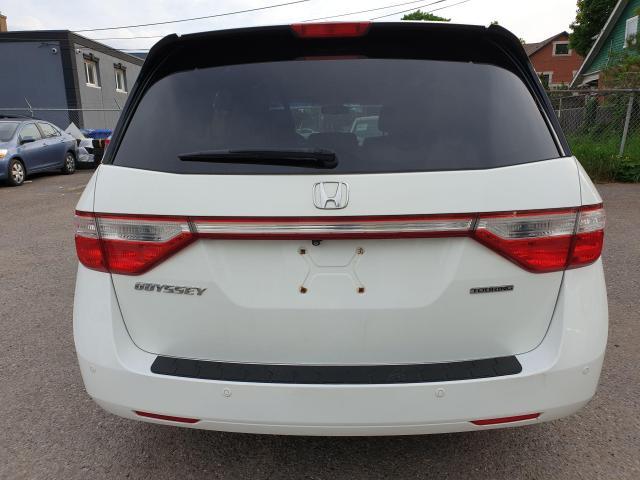 2011 Honda Odyssey Touring Photo6