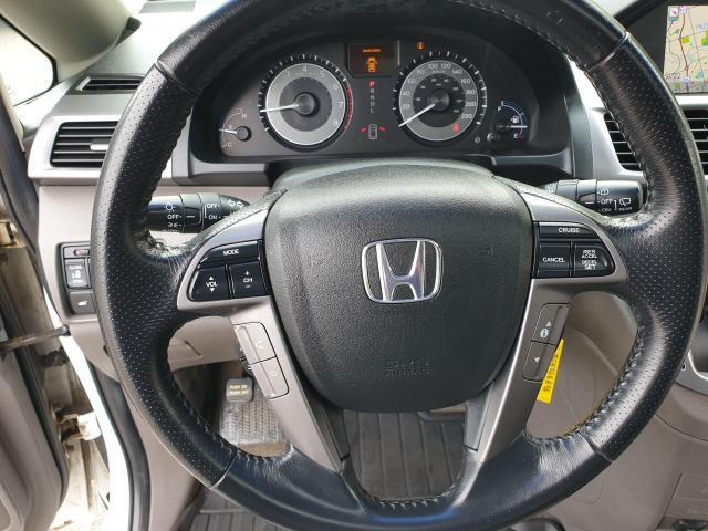 2011 Honda Odyssey Touring Photo15