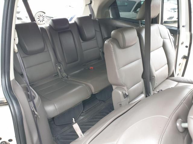 2011 Honda Odyssey Touring Photo16