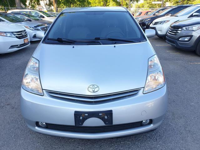 2009 Toyota Prius HB Photo2