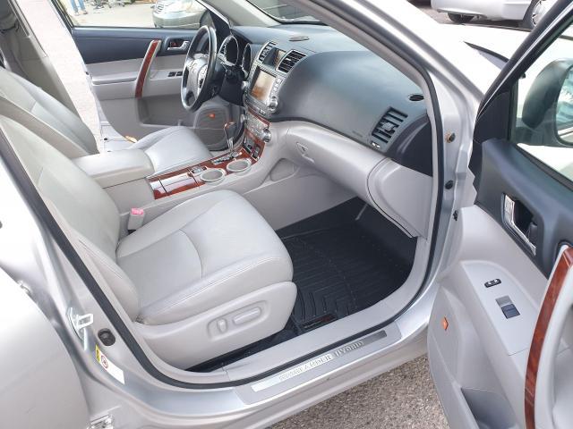 2011 Toyota Highlander Hybrid LIMITED Photo11