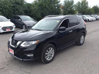 Used 2020 Nissan Rogue AWD SV - MOONROOF - BACK UP CAMERA! for sale in Ottawa, ON