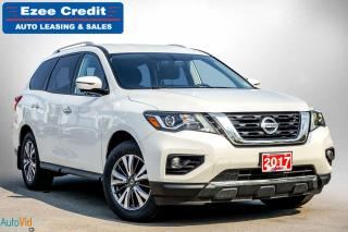 Used 2017 Nissan Pathfinder SL for sale in London, ON