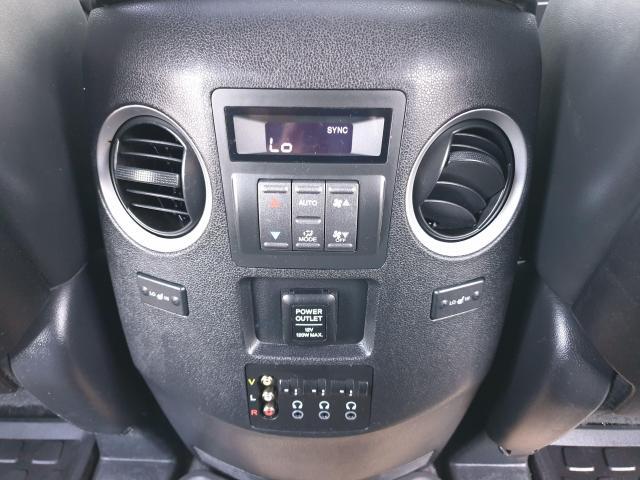 2011 Honda Pilot Touring Photo19