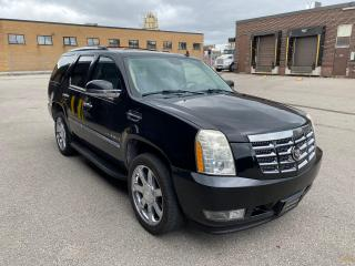 Used 2007 Cadillac Escalade NAV | BACK UP | HEATED AND COOLING SEATS |PRICE TO SELL for sale in Toronto, ON