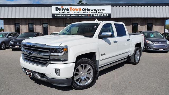 2017 Chevrolet Silverado 1500 High Country Crew Cab 4x4 **Only 29000km**