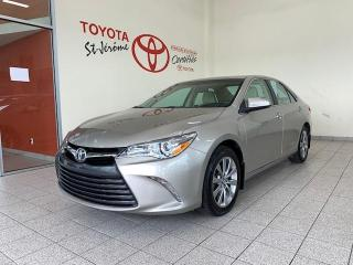 Used 2015 Toyota Camry * XLE * CUIR * TOIT OUVRANT * MAGS * GPS * for sale in Mirabel, QC