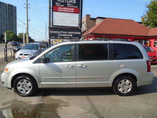 2010 Dodge Grand Caravan SE/ STOW N GO / A/C / CLEAN / NO ACCIDENT /