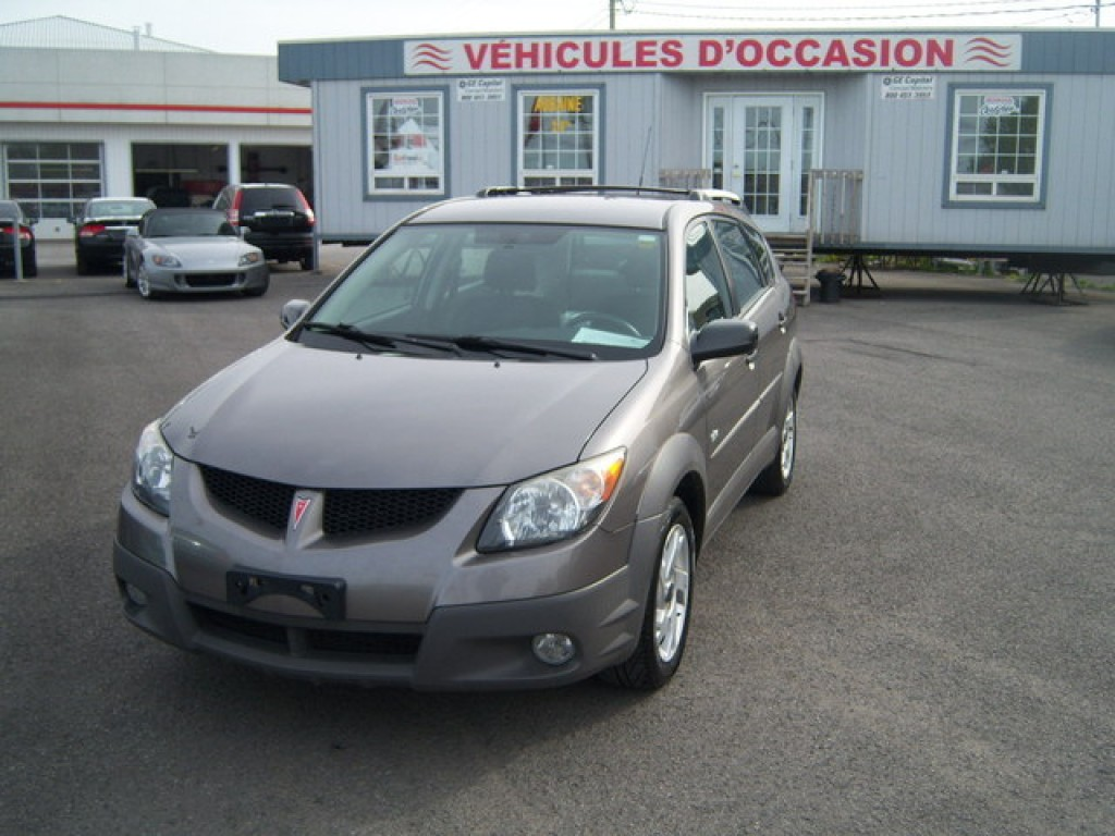 used 2003 pontiac vibe base for sale in saint jean sur. Black Bedroom Furniture Sets. Home Design Ideas