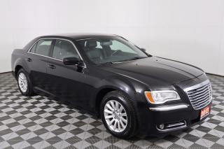Used 2013 Chrysler 300 Touring CLEAN CARPROOF, 8.4-INCH TOUCHSCREEN, LEATHER, HEATED SEATS for sale in Huntsville, ON