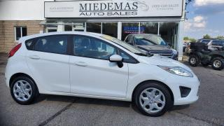 Used 2013 Ford Fiesta SE for sale in Mono, ON