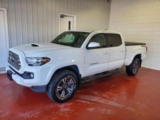 Used 2017 Toyota Tacoma TRD SPORT 4X4 for sale in Pembroke, ON