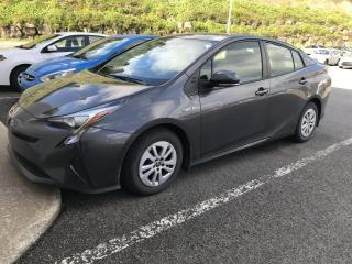 Used 2017 Toyota Prius Hayon 5 portes for sale in Val-David, QC