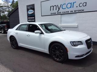 Used 2019 Chrysler 300 LEATHER, HEATED SEATS, AWD!! WOW!! for sale in North Bay, ON