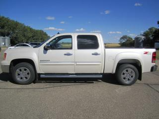 Used 2011 GMC Sierra 1500 SLE for sale in Melfort, SK