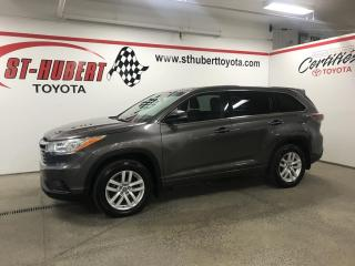 Used 2016 Toyota Highlander AWD 4dr LE for sale in St-Hubert, QC