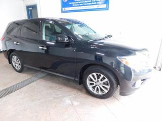 Used 2015 Nissan Pathfinder S for sale in Listowel, ON