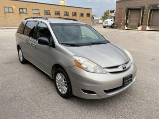 Used 2008 Toyota Sienna LE | LEATHER | 8 PASSENGER  | GREAT CONDITION for sale in Toronto, ON