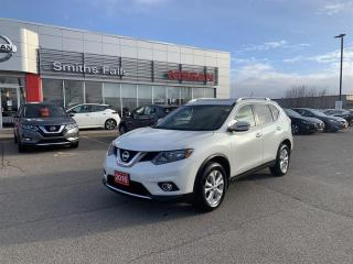 Used 2016 Nissan Rogue SV AWD CVT for sale in Smiths Falls, ON