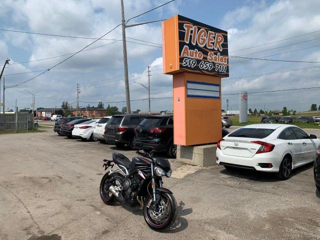 2019 Triumph Speed Triple S ABS SR**OHLINS SUSPENSION**QUICK SHIFT**ONLY 6,000KMS*