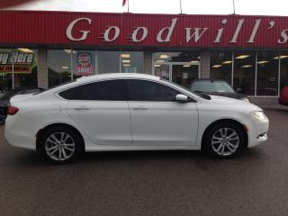 Used 2016 Chrysler 200 LTD! HEATED SEATS! NAV! CAM! REMOTE START! B/T! for sale in Aylmer, ON