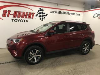 Used 2018 Toyota RAV4 FWD LE for sale in St-Hubert, QC