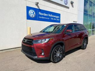 Used 2017 Toyota Highlander LOADED - LEATHER / SUNROOF / NAVI for sale in Edmonton, AB