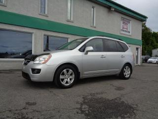 Used 2009 Kia Rondo Familiale 4 portes, 4 cyl. en ligne, EX for sale in St-Jérôme, QC