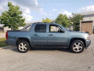 Used 2011 Chevrolet Avalanche Crew cab, 4X4, Leather, Warranty avail for sale in Toronto, ON