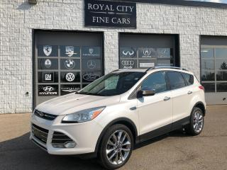 Used 2014 Ford Escape SE 4WD Navigation Panoramic Roof Chrome Package for sale in Guelph, ON