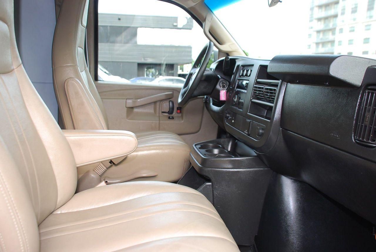 2017 Chevrolet Express 2500