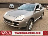 Photo of Gold 2004 Porsche Cayenne
