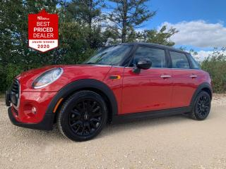 Used 2017 MINI Cooper Hardtop 5dr *NAVIGATION PANORAMIC ROOF ***SALE PENDING*** for sale in Winnipeg, MB