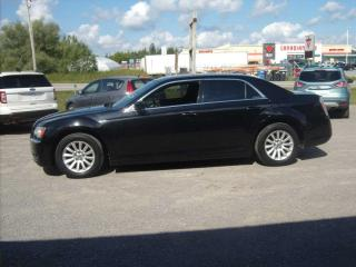 Used 2012 Chrysler 300 for sale in Fenelon Falls, ON