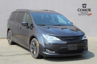 Used 2019 Chrysler Pacifica Hybrid Touring-L FWD for sale in Courtenay, BC