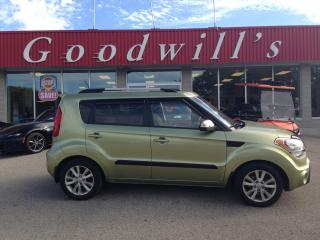 Used 2013 Kia Soul 2U! MANUAL! CLEAN CARFAX! BLUETOOTH! SUNROOF! for sale in Aylmer, ON
