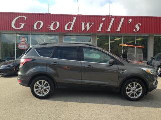 Used 2015 Ford Escape TITANIUM! CLEAN CARFAX! HEATED CLOTH! NAV! B/T! for sale in Aylmer, ON