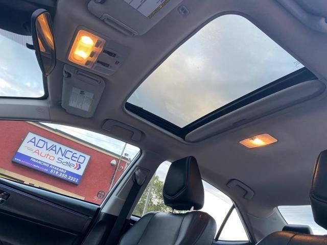 2017 Toyota Corolla SE - SPORT