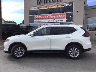 Used 2019 Nissan Rogue SV AWD|PANORAMIC SUNROOF|HEATED SEATS|BACK UP CAME for sale in Milton, ON