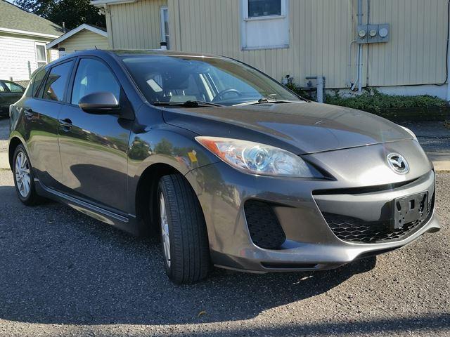 2012 Mazda MAZDA3 GS-SKY Active Econo-6spd Get Connected & Save Your Money!!!