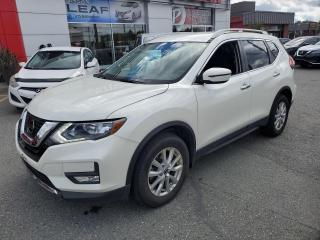 Used 2017 Nissan Rogue SV AWD CERTIFIÉ + 1SEUL PROPRIO + AWD for sale in Val-d'Or, QC