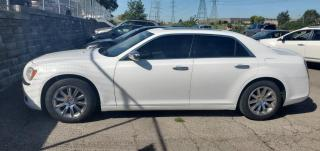 Used 2011 Chrysler 300 LIMITED for sale in North York, ON