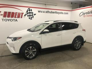 Used 2018 Toyota RAV4 AWD Hybrid LE+ for sale in St-Hubert, QC