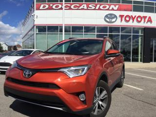 Used 2016 Toyota RAV4 XLE AWD TOIT/MAGS/CAMERA for sale in St-Eustache, QC