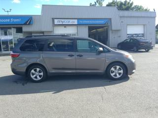 Used 2017 Toyota Sienna 7 Passenger ALLOYS, BACKUP CAM, POWERGROUP!! for sale in Kingston, ON