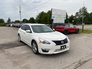 Used 2013 Nissan Altima 2.5 SL for sale in Komoka, ON