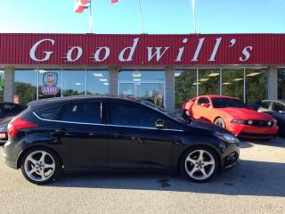 Used 2014 Ford Focus TITANIUM! HEATED SEATS! SUNROOF! NAV! BLUETOOTH! for sale in Aylmer, ON