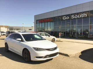 Used 2015 Chrysler 200 V6, LEATHER, SUNROOF for sale in Edmonton, AB