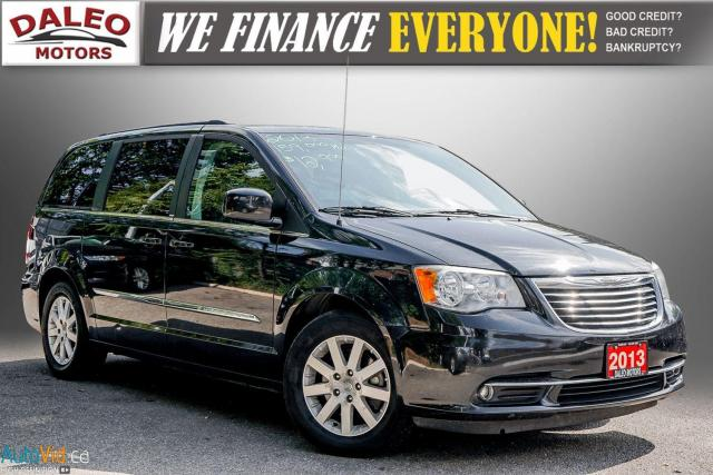 2013 Chrysler Town & Country TOURING / BACKUP CAM / POWER REAR HITCH / REAR A/C Photo1